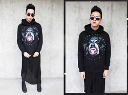 Joseff Lopez (Seffinisto) - Givenchy Rottweiler Hoodie, Forever 21 Asymmetrical Skirt, Topshop Alert Chunky Chelsea Boots, Topshop Hexagon Rimless Round Sunglasses - Rottweiler