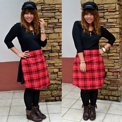Dana Lopez - Uniqlo Black Tee, Forever 21 Red Plaid Polo, Forever 21 Chauffeur Hat - Red, Black and Plaid