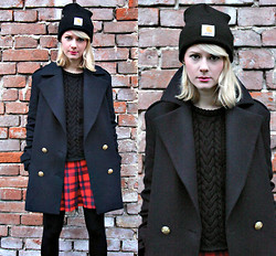 Tanya M. - Carhartt Beanie, Zara Navy Coat, Mango Sweater, H&M Tartan Skirt - Another brick in the wall