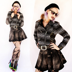 Romi Eff Ma'or - Carolina Lemke Sunnies, Agoraphobix Rough N Tuff Ombre Gray Black Chevron Wool & Leatherette Biker Jacket, Agoraphobix Ramarama Bleach Splatter Denim Circle Skirt, Agoraphobix Double Layered Tattered & Torn Tights Fishnet Leggings, Iron Fist Clothing Zebracorn - Ombre Heaven