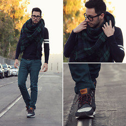 Reinaldo Irizarry - Forever 21 Sweater, Zara Scarf, Hot Topic Jeans, Levi's® Sneakers, Tom Ford Glasses - MAD ABOUT PLAID