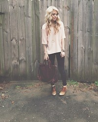 Mary Ellen Skye - Matisse Booties, Madewell Coated Denim, Madewell Leather Bag, Topshop Pink Top, The Sneerwell Oricle - The End