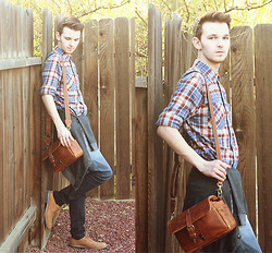 Drew Scott - Forever 21 Flannel Shirt, Zara Cowl Cardigan, Ona Bags Leather Bowery Bag, Rude Ombre Jeans, Forever 21 Leather Oxfords - Dead End