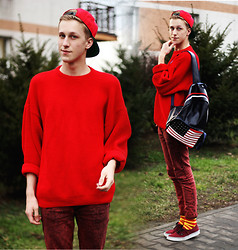 Adrian Kamiński - Backpack, Socks, Cap, Sweater - FASHION OLD SCHOOL