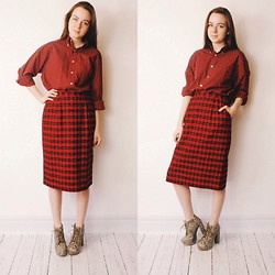 Olivia DeGrado - Someplace Sunnier Tartan Plaid Wool Skirt, Someplace Sunnier Plaid Boyfriend Shirt - Too much of a good thing is a good thing.