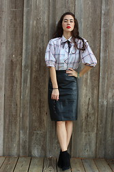 Piper Arielle - Vintage Blouse, Vintage Leather Skirt, Sam Edelman Booties, Old Navy Sunglasses - Puffed Sleeves