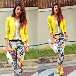 B @Style Voyage - H&M Yellow Blazer, Topshop Necklace, Zara Printed Pants, Zara Sandals - Start Fresh