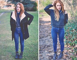 Rebecca A - Urban Outfitters High Waisted Jeans, Dr. Martens Boots, Monki Top, Zara Coat - Quite simple