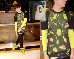 Matticus Nightshade - Topman Alien Mesh Front Tee, Uv Yellow Thermal, 90's Alien Glow In The Dark Pendant, Mickey Junk Back Sack, Jeremy Scott For Adidas Slime Bear Shoes, Black Skinnies - Alien Babez Love Me