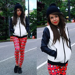 Priscila Diniz - Mr. Gugu & Miss Go Pulp Leggings, Vateno Contrast Jacket - Pulp Fiction