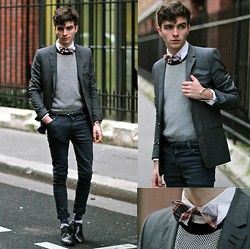 "Matthias C. - Gray Blazer, Givenchy Geometric Sweater, Asos Blue Gray Jeans, Selected Homme Plaid Bow Tie, Smart Shoes - ""Lelantos"""