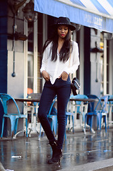 Natasha N - Blouse, Adriano Goldschmied Jeans, Fedora - Pizza East