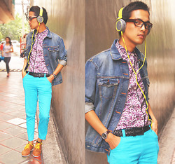 Nino Calimag - Levi's® Jacket, Sony Head Phone, Wade Shoes, Sm Accesories Belt, Giordano Watch, Forever 21 Pants - STREET MOTION