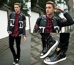 Adrian Kamiński - Sheinside Jacket, Shirt, Giuseppe Zanotti Shoes, Backpack - SNEAKERS EMBELLISHED DIAMONDS