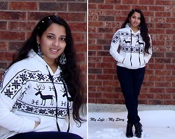 Harija Ravi - Udobuy White Deer Hoodie, Ardene Blue Pants, Black Boots, Frontrowshop Spike Headband, Ardene Tear Drop Earrings - Snowed In