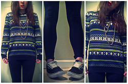 Catt A - H&M Skull Sweater, Forever 21 Gold 3 Chain Necklace, Marks And Spencer Navy Leggings, Vans Atwood - Shut up Catherine