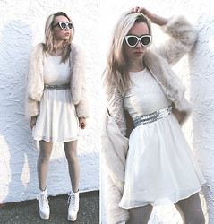 Jessica Luxe - Zerouv White Sunnies, Unif Creature Jacket, Jeffrey Campbell Holy - Snow Angel
