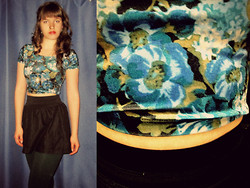 Mikky G - Floral Velvet Crop Top, Black Miniskirt, Green Tights, Pearl Earrings - I'm A Fool