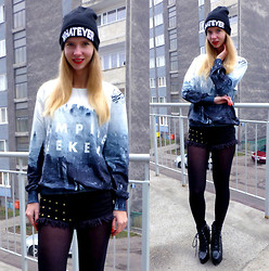 Ania Zarzycka - Sweatshirt - Vampire weekend (Giveaway on my blog)