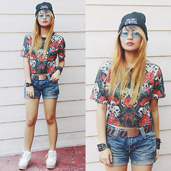Janille Rose Olegario - Push Thru You Can't Sit With Us, Push Thru Skulls X Roses, White Creepers - Skulls x Roses