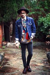 Pierre Caillou - Vintage Hat, Levi's® White Shirt, Goofy Sweater, Levi's® Vintage Jacket, Cheap Monday Skinny Jean, Dr. Martens Creepers - Dingo