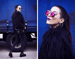 Sofia Reis - Zerouv Sunnies, Sheinside Jacket, Zara Bag, Wholesale7 Pants, Wholesale7 Boots - GRANDBLUE