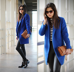 Adriana Gastélum - 6ks Blue Coat, 6ks Striped Long Sleeve Top, Oasap Brown Clutch, Express Faux Leather Leggings - Expectations