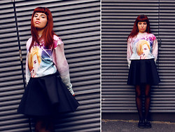 Ester R. - Infinite Universe Sweater, Omgfashion Skirt - The sweater