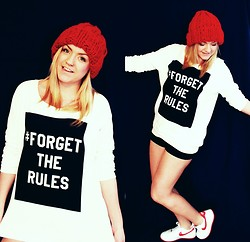 Dany . - Only Sweater, Self Made Beanie, Nike Sneakers - # FORGET RHE RULES //