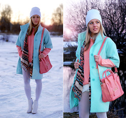 Iren P. - Oasap Candy Colour Bag, Centro Aztec Printed Scarf, Kira Plastinina Mint Coat, Asos White Heeled Chelsea Boots, Everbuying Asymmetric Skort, White Beanie - Marshmallow