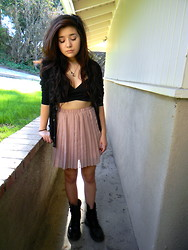 Amanda S. - Nasty Gal Under Wraps Bustier, Urban Outfitters Pleated Skirt, American Apparel Sweater - Rose Bud