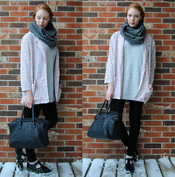 Quinn Bell - Milanoo Bag, Oasap Earrings, Thrifted Coverup, H&M Sweater, American Apparel Easy Jean, Thrifted Docs - Time Stops
