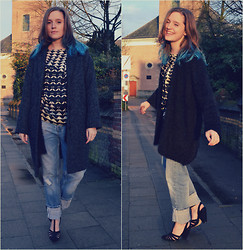 Naomi T - We Fashion Grey Coat, H&M Black Cardigan, Asos Black Gladiator Heels - Oversized