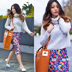 Leah Ho - Sophie Hulme Structured Tote Bag, Theory Turtleneck Sweater - FLORAL PENCIL SKIRT