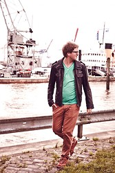 Andy Thaeger - Superdry Leather Jacket, Conleys T Shirt, H&M Chino, Adidas Sneakers - Harbour Dreams