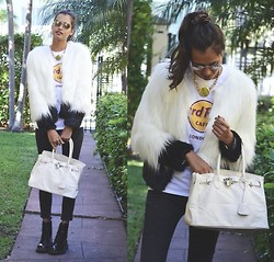 Gizele Oliveira - Hard Rock Shirt, Urban Outfitters White Jacket, Mart Of China Leggings, Mart Of China Bag, Dr. Martens Boots, Topshop Necklace, Urban Outfitters Sunglasses - White jacket and Hard Rock shirt