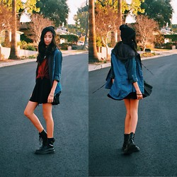 Louisa S. - Forever 21 Bennie, Cotton On T Shirt, Cotton On Black Circle Skirt, Pacsun Combat Boots - Winter Cal