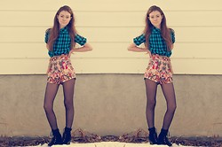 Sarah Jay - O Mighty Weekend '90s Pop Starz Shorts, Vintage Blue & Black Plaid Shirt Dress - Acceptable in the '90s