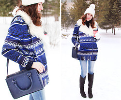 Katerina Yanke - Asos Coat, Pull & Bear Jeans, Zara Bag, Maison Martin Margiela Sweater - Let it snow!