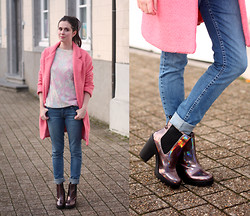Annebeth B - Dresslily Pink Coat, Boohoo Holographic Boots, Cheap Monday Jeans - Holographic Boots, Dreslily Coat