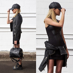 Oraclefox . - Aje Dress, Boda Skins Leather Jacket, Guiseppe Zanottoi Sneakers, Asos Leather Cap, Givenchy Leather Bag - Second Skin