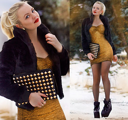 Elin Hansson - Nelly.Com, Old Gold Dress, London Rivet Bag, Earrings, London Rings, Platform Shoes, H&M Fake Fur - ♡ KIDS - Style Of Eye ♡