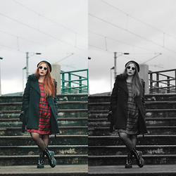 Cátia Gonçalves - Frontrowshop Tartan Dress, Dr. Martens Chunky Boots - I need to hear some sounds that recognize the pain in me
