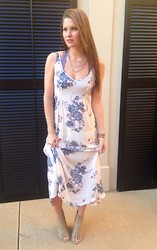 Elizabeth Anderson - Nakamol Beaded Necklace, Free People Lace Bra, Free People Floral Slip Dress - 25.1.14