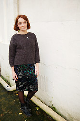 Kerry Lockwood - Topshop Thick Wooly Jumper, Topshop Sequinned Velvet Pencil Skirt, Dr. Martens Vintage Dr - Grunge & Sparkle...