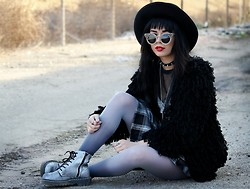 KENDALL SANCHÈZ - Lattice Cat Sunglasses, Shag Coat, Forever 21 Plaid Two Piece, Ombre Tights, Metallic Boots - .OMBRE GREY.