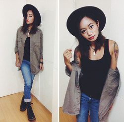 Clair De Lune Wild Rose - Forever 21 Black Tank Top, S.F. Calif U.S. Army Jacket, Thrift Leather Boots, Australia Leather Hat - Militia
