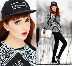 Ebba Zingmark - Like Life Sweater, Nike Sneakers, Esprit Bag, French Rdv Hat, Rapunzel Of Sweden Fake Bangs - Like Life