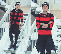 Mykola Hruts - Choies New Look Geek Beanie In Black, Choies Contrast Striped Stars Sweatshirt, River Island Chain - NoWayBack