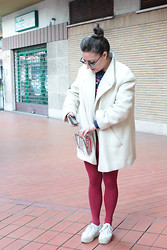 Effe Coco - Vintage Coat, Superga Shoes - Cheerleader in Roma